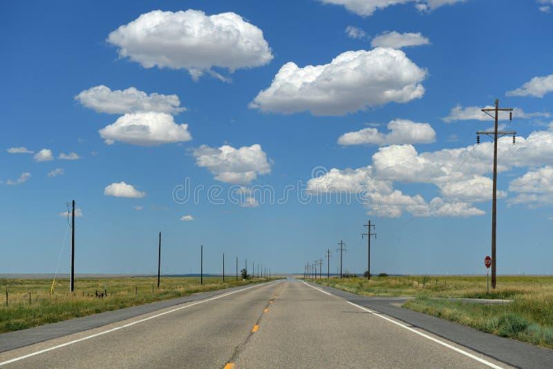 Εθνική οδός με τις θέσεις στοκ φωτογραφία με δικαίωμα ελεύθερης χρήσης