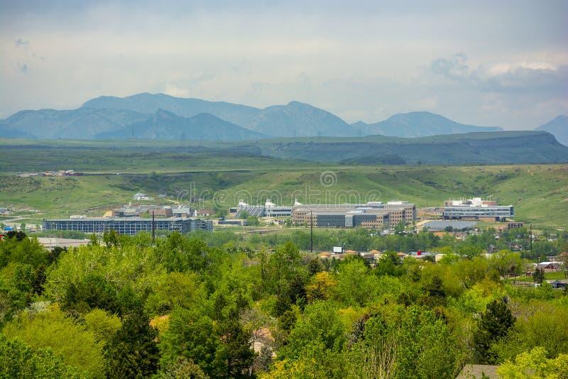 Εθνικό εργαστήριο NREL ανανεώσιμης ενέργειας σε χρυσό, Colorao κατά τη διάρκεια της ημέρας στοκ φωτογραφίες