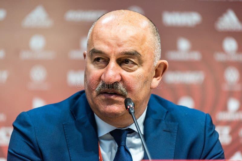 Εθνικό λεωφορείο Stanislav Cherchesov ομάδων ποδοσφαίρου της Ρωσίας στοκ εικόνα