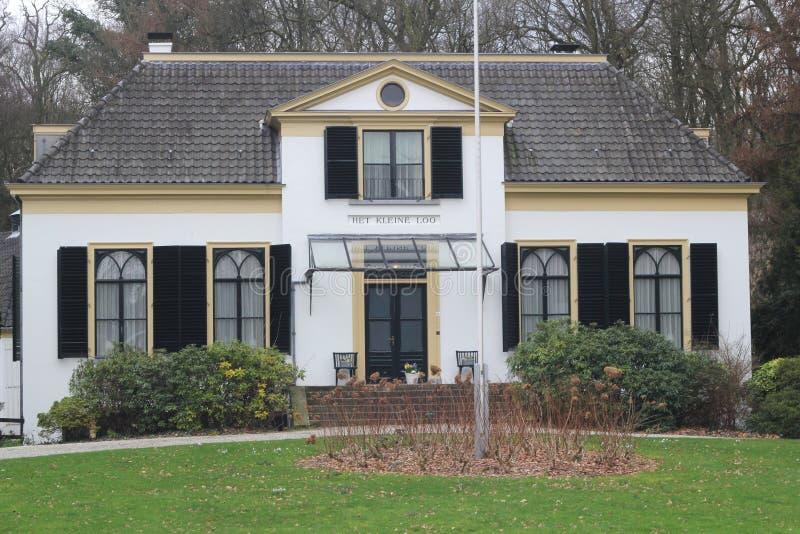 Εθνικό μνημείο η μικρή τουαλέτα στο Άπελντορν, Κάτω Χώρες στοκ φωτογραφία με δικαίωμα ελεύθερης χρήσης