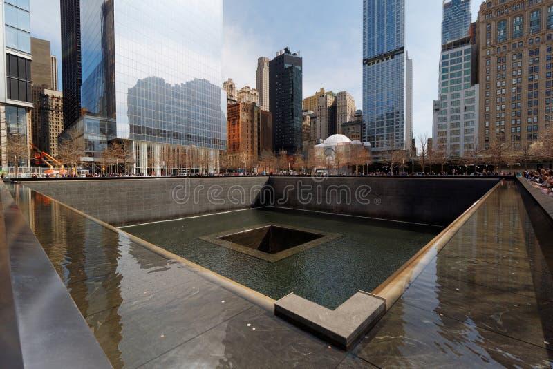 Εθνικό μνημείο στις 11 Σεπτεμβρίου/κεντρικό μνημείο παγκόσμιου εμπορίου στο Μανχάταν, πόλη της Νέας Υόρκης, ΗΠΑ στοκ εικόνα με δικαίωμα ελεύθερης χρήσης
