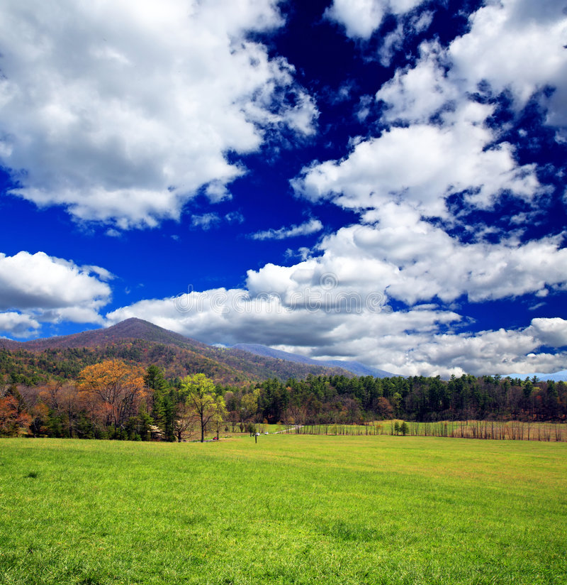 εθνικό πάρκο βουνών καπνώές στοκ εικόνες
