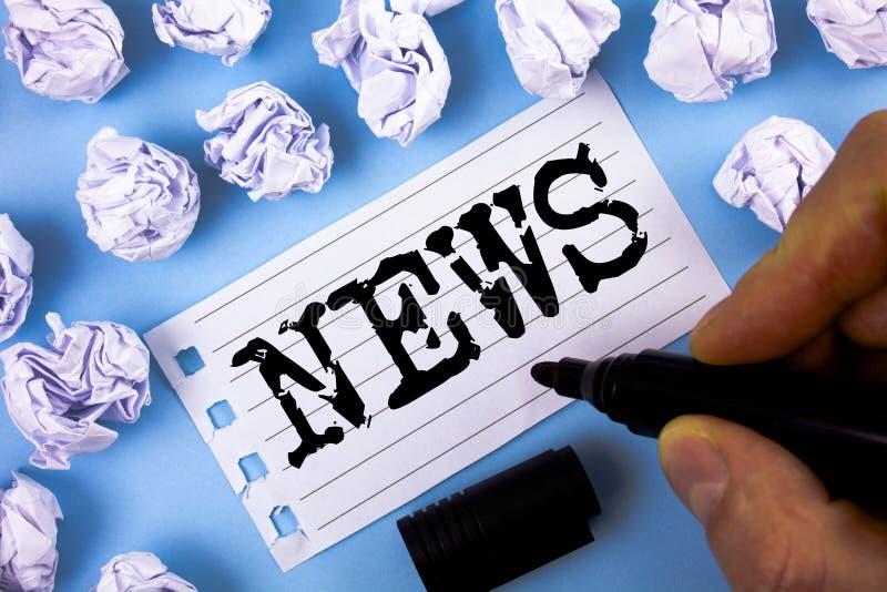 Ειδήσεις κειμένων γραψίματος λέξης Η επιχειρησιακή έννοια για την έκθεση MEDIA πληροφοριών πρόσφατων γεγονότων του προηγουμένως ά στοκ φωτογραφία