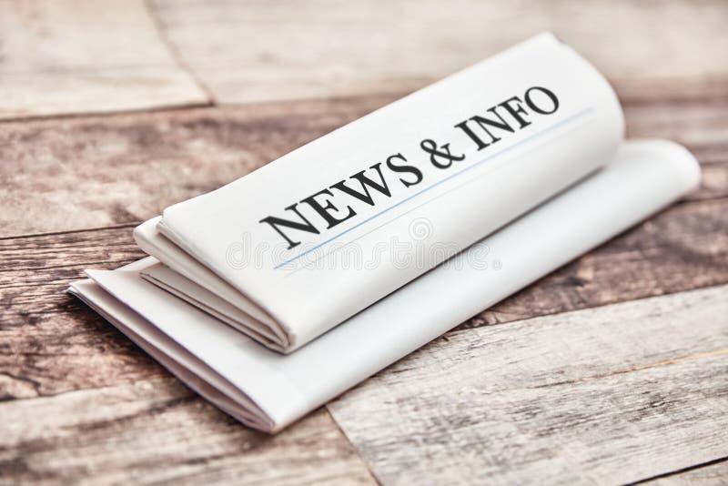 Ειδήσεις & πληροφορίες στην εφημερίδα και το ενημερωτικό δελτίο στοκ φωτογραφίες με δικαίωμα ελεύθερης χρήσης