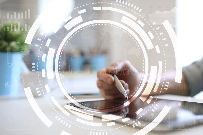 Εικονικές επιχείρηση οθόνης, τεχνολογία και έννοια Διαδικτύου ελεύθερη απεικόνιση δικαιώματος