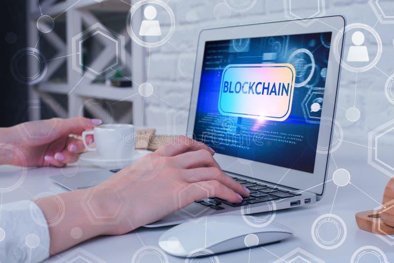 Εικονική έννοια πληρωμής και cryptocurrency στοκ φωτογραφία