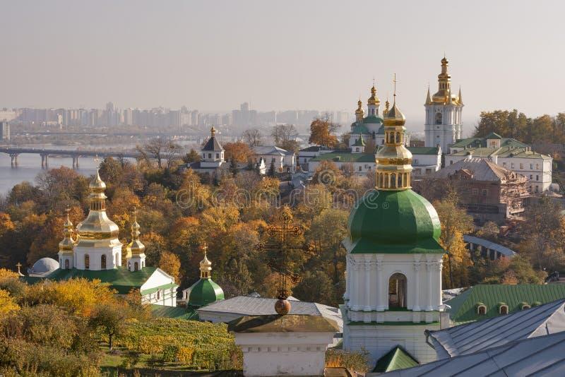 Εικονική παράσταση πόλης του Κίεβου φθινοπώρου στοκ εικόνες με δικαίωμα ελεύθερης χρήσης