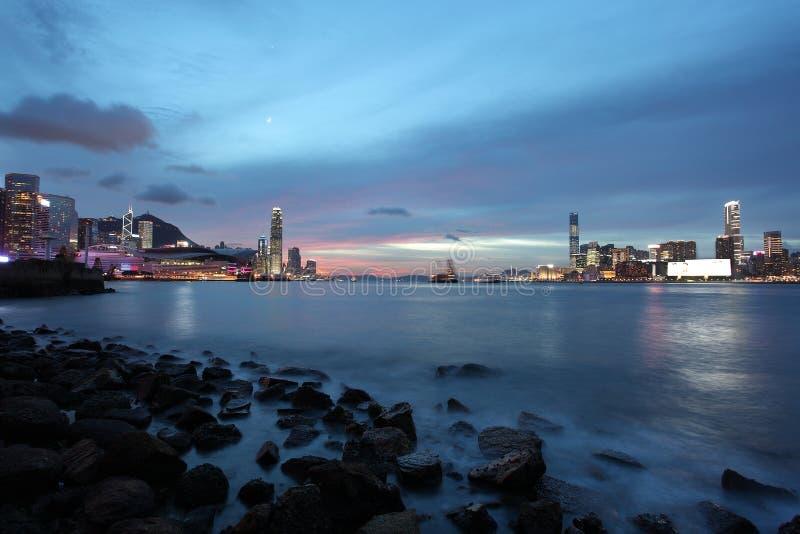 Εικονική παράσταση πόλης του Χογκ Κογκ τη νύχτα στοκ φωτογραφία