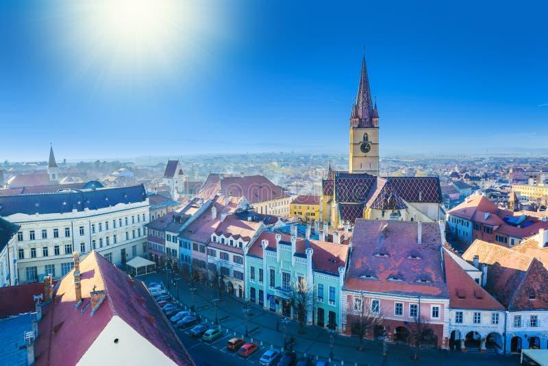 Εικονική παράσταση πόλης του Sibiu στο ηλιοβασίλεμα στοκ εικόνες