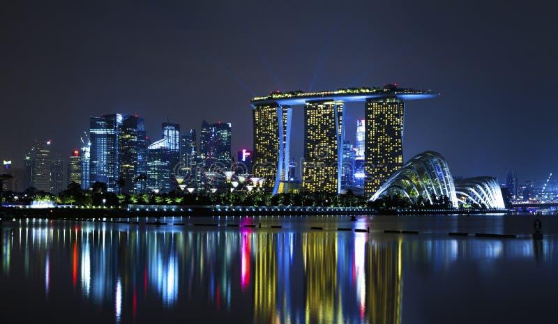 Σιγκαπούρη τη νύχτα στοκ εικόνες με δικαίωμα ελεύθερης χρήσης