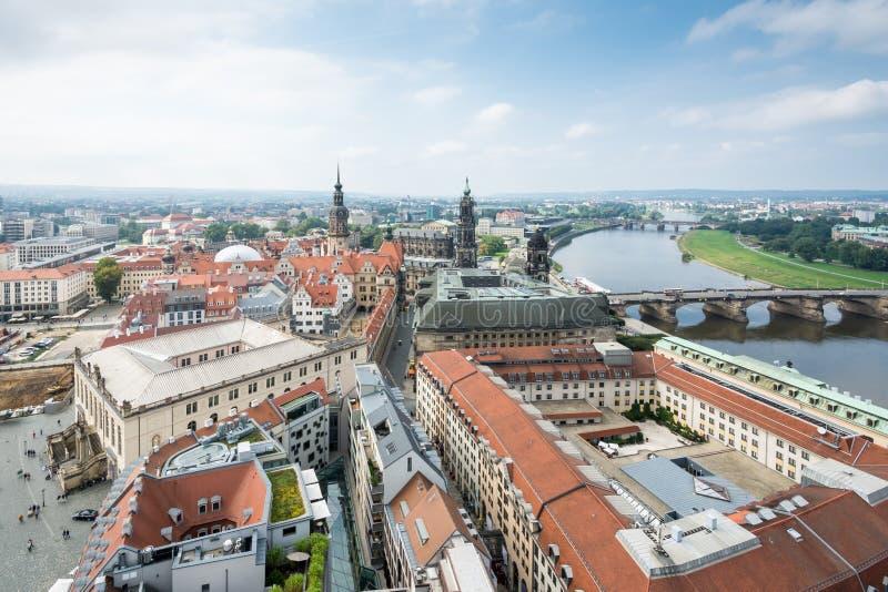 Εικονική παράσταση πόλης της Δρέσδης και του ποταμού Elbe στοκ φωτογραφία με δικαίωμα ελεύθερης χρήσης