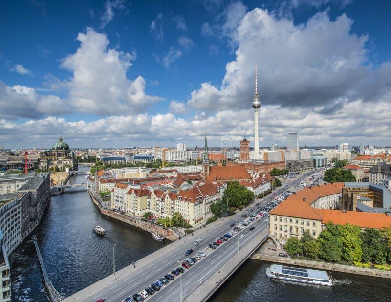 Εικονική παράσταση πόλης του Βερολίνου στοκ εικόνα με δικαίωμα ελεύθερης χρήσης