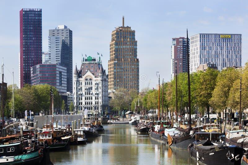 Εικονική παράσταση πόλης του παλαιού λιμανιού στο Ρότερνταμ στοκ εικόνα με δικαίωμα ελεύθερης χρήσης