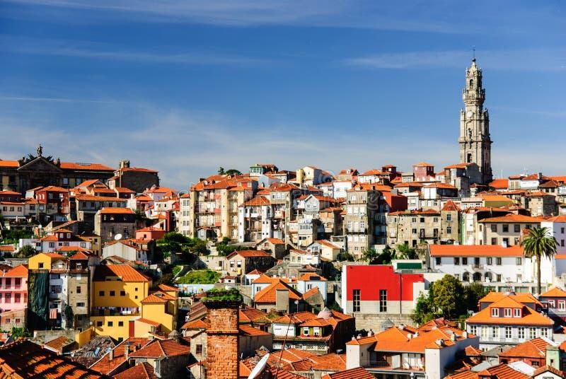 Εικονική παράσταση πόλης του Πόρτο με τον πύργο Clerigos, Πόρτο, Πορτογαλία στοκ φωτογραφία με δικαίωμα ελεύθερης χρήσης