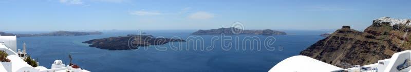 Εικονική παράσταση πόλης Fira, της πόλης στο νησί Ελλάδα Santorini και Caldera στοκ φωτογραφία