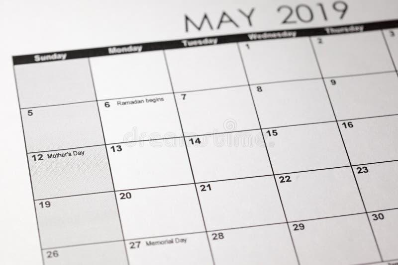 Εικόνα έννοιας μιας ημερολογιακής φωτογραφίας με την εκλεκτική εστίαση στη μητέρα s ημέρα ημέρα στις 12 Μαΐου 2019 στοκ εικόνα με δικαίωμα ελεύθερης χρήσης