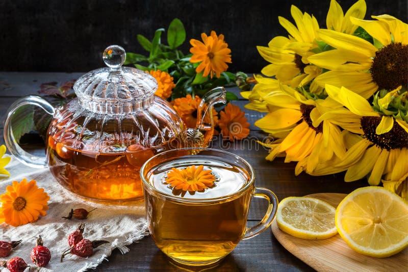 Εικόνα με το τσάι στοκ φωτογραφία
