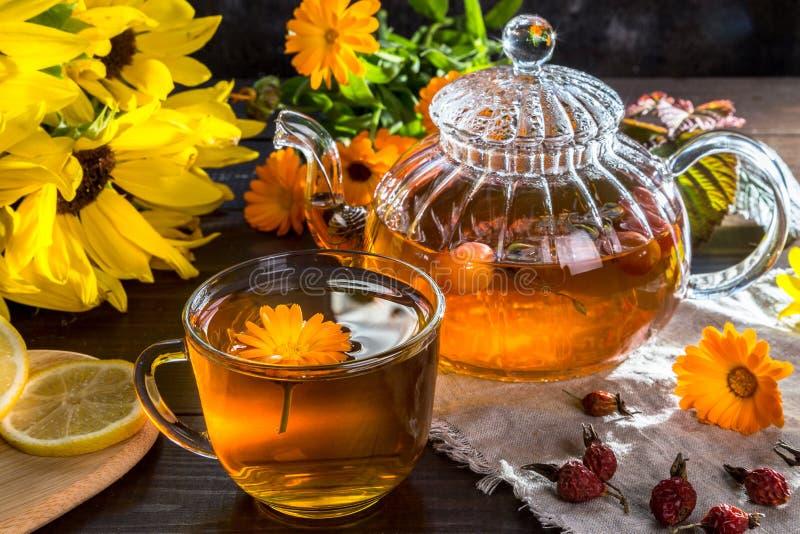 Εικόνα με το τσάι στοκ εικόνα