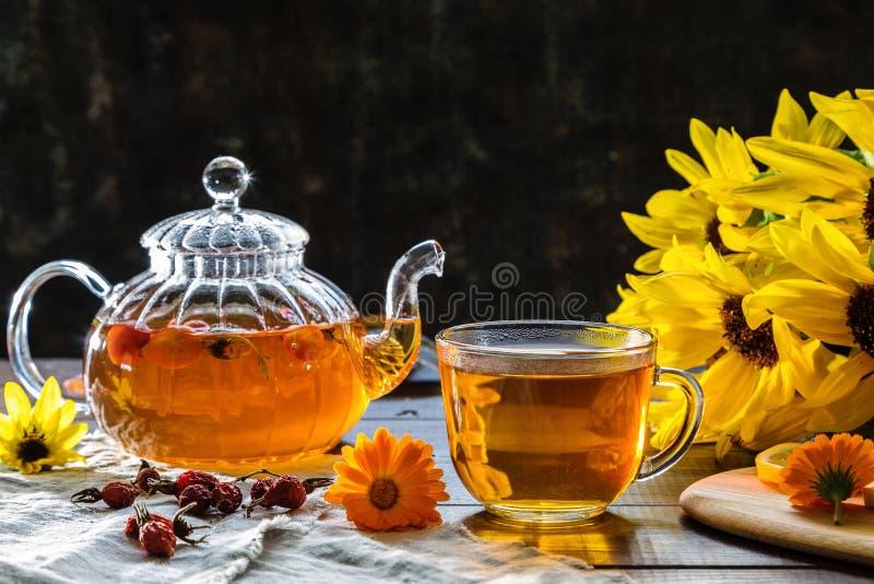 Εικόνα με το τσάι στοκ φωτογραφία με δικαίωμα ελεύθερης χρήσης