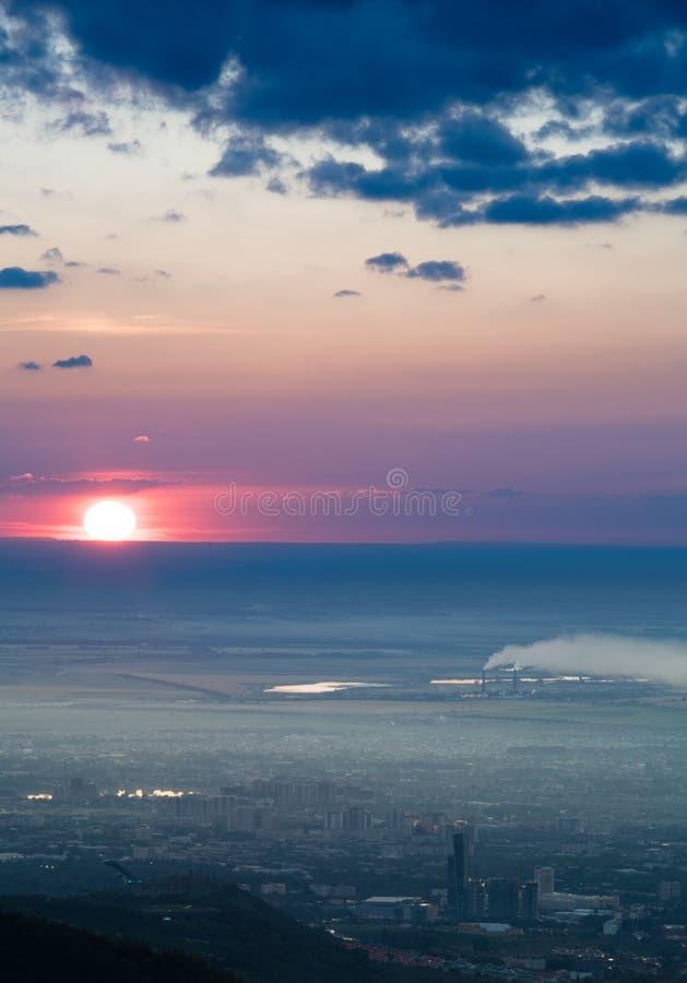 Εικόνα πανοράματος της πόλης ρύπανσης στοκ φωτογραφία με δικαίωμα ελεύθερης χρήσης