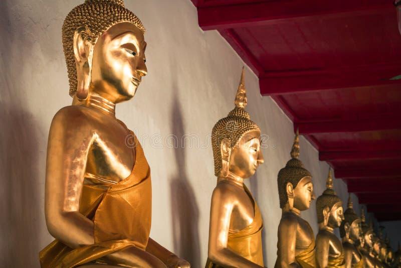 Εικόνα του αγάλματος του Βούδα στο ναό Wat Pho bangkok thailand στοκ εικόνα με δικαίωμα ελεύθερης χρήσης