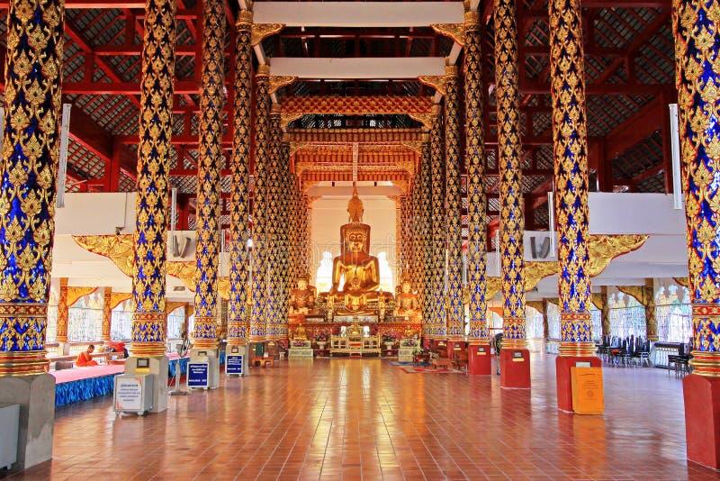 Εικόνα του Βούδα σε Wat Suan Dok, Chiang Mai, Ταϊλάνδη στοκ φωτογραφία