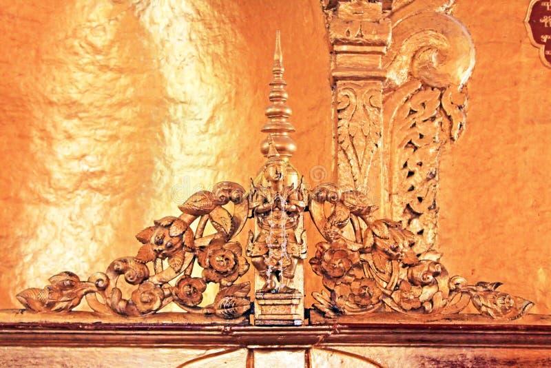 Εικόνα του Βούδα ναών του Βούδα Mahamuni, Mandalay, το Μιανμάρ στοκ εικόνα με δικαίωμα ελεύθερης χρήσης
