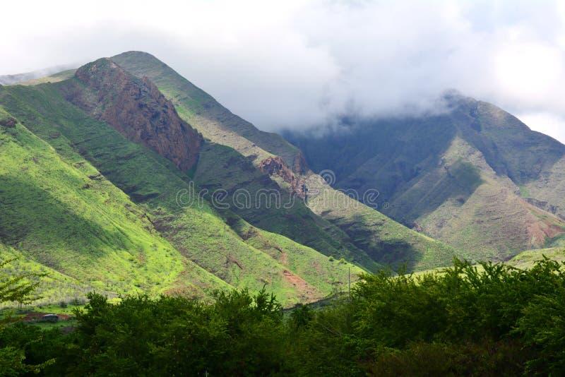 Εικόνα των όμορφων βουνών της Χαβάης στοκ φωτογραφίες με δικαίωμα ελεύθερης χρήσης