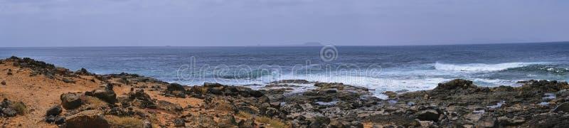 Εικόνα χρώματος πανοράματος της ακτής BLANCA Playa στοκ φωτογραφία
