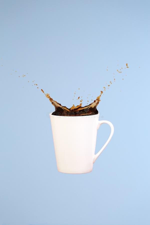 εικόνες έννοιας συλλογών καφέ τέχνη ελάχιστη Σταθερές βάσεις Παφλασμοί καφέ στοκ εικόνα
