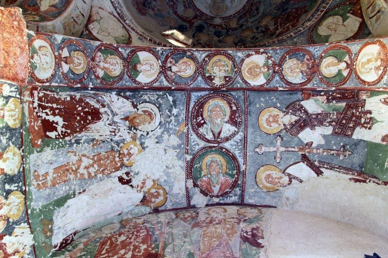Εικόνες στην εκκλησία σπηλιών στοκ εικόνα με δικαίωμα ελεύθερης χρήσης