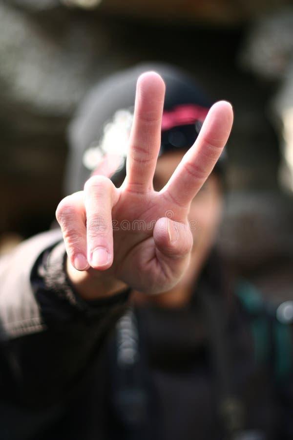 Download ειρήνη στοκ εικόνα. εικόνα από χειρονομία, ειρήνη, δάχτυλα - 525135