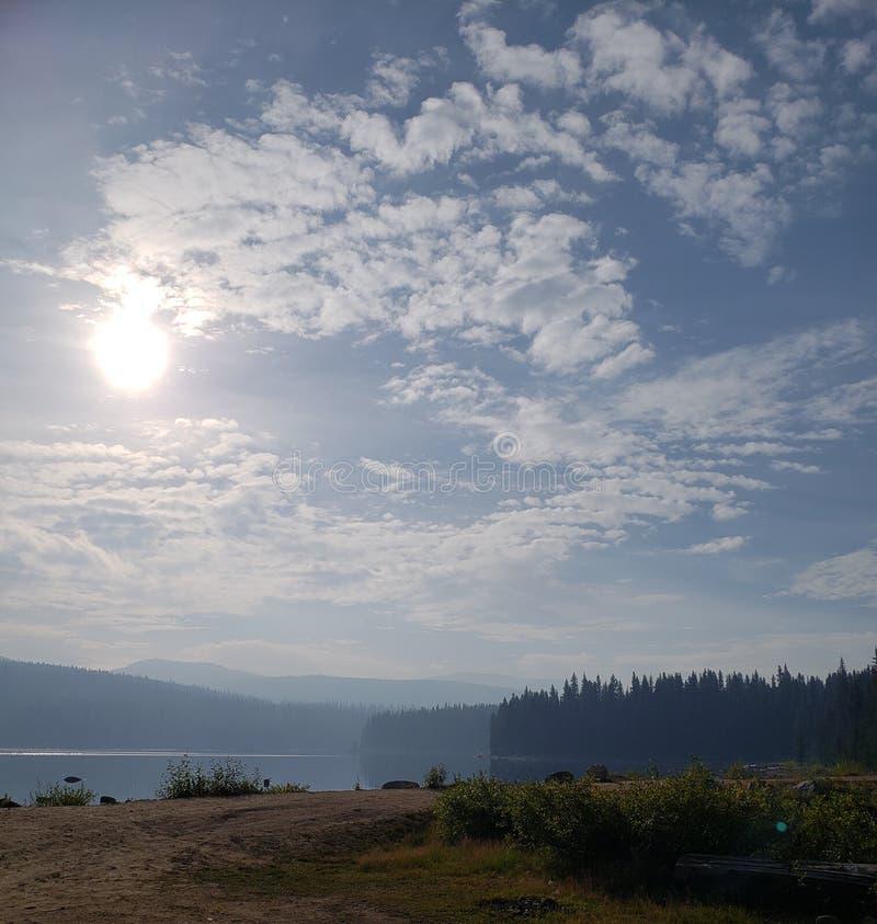 Ειρηνική λίμνη στοκ εικόνα με δικαίωμα ελεύθερης χρήσης