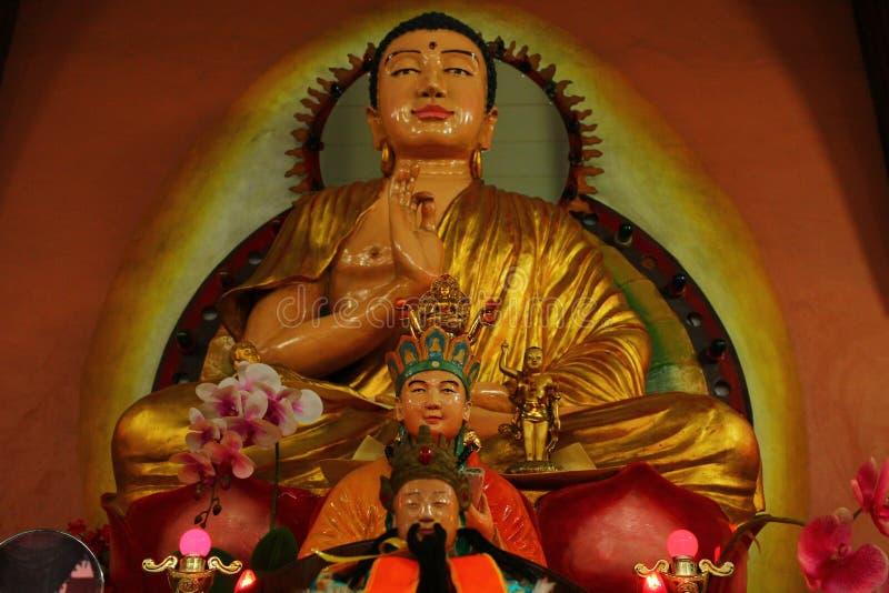 Ειρηνικός επάνω στο Βούδα στοκ εικόνα