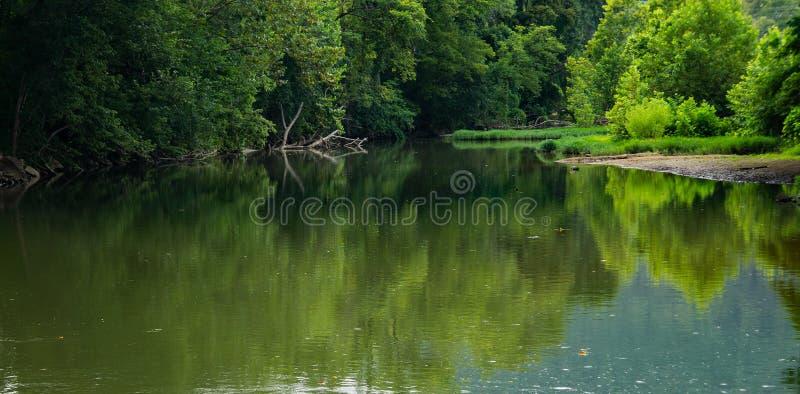 Ειρηνικός ποταμός Roanoke στοκ φωτογραφία με δικαίωμα ελεύθερης χρήσης