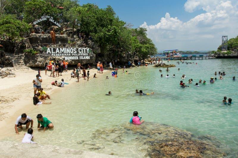 Εκατό σημείο τουριστών νησιών στοκ φωτογραφία με δικαίωμα ελεύθερης χρήσης