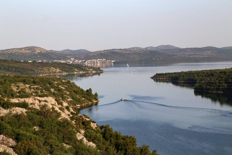 Εκβολή ποταμών Krka από το Skradin στοκ φωτογραφία