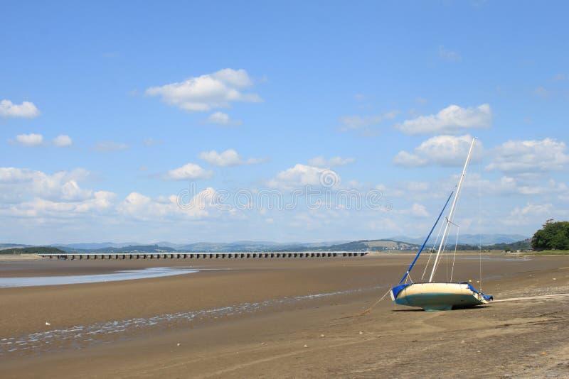 Εκβολή του Κεντ ποταμών και οδογέφυρα Arnside, Cumbria στοκ εικόνες