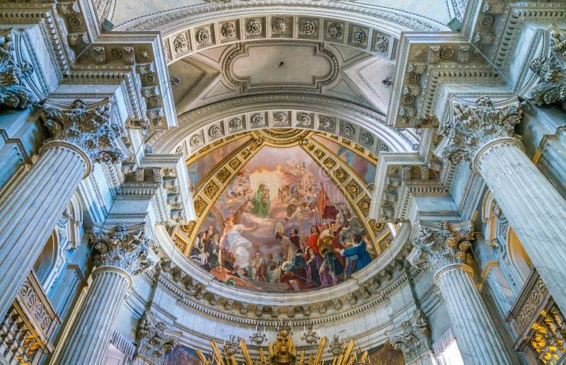 Εκκλησία της Σάντα Μαρία στη σκεπαστή είσοδο πρόσοψης σε Campitelli στη Ρώμη, Ιταλία στοκ εικόνες με δικαίωμα ελεύθερης χρήσης