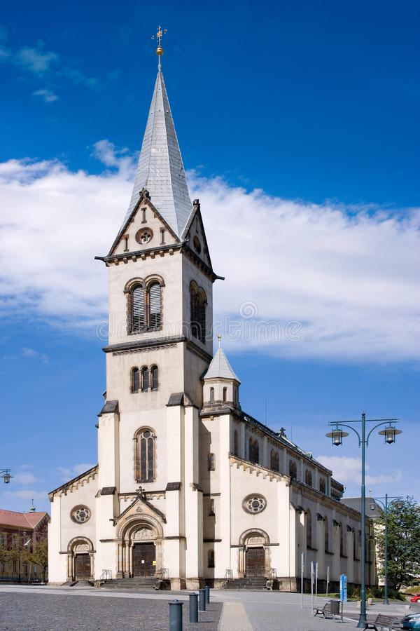 Εκκλησία της υπόθεσης της Virgin Mary, ιστορικό πόλης κέντρο της πόλης Κλάντνο, κεντρική Βοημία, Τσεχία στοκ φωτογραφίες