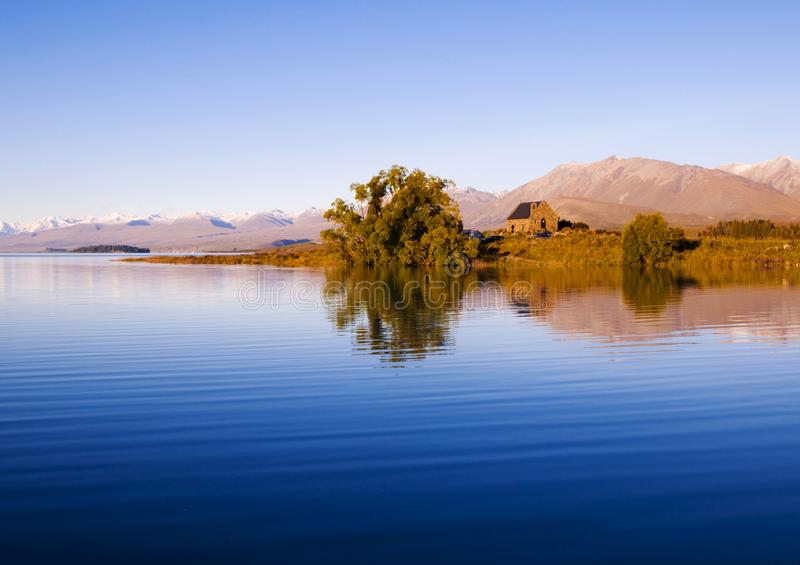 Εκκλησία του καλών ποιμένα και της λίμνης, χώρα της Mackenzie, Καντέρμπουρυ, Νέα Ζηλανδία στοκ φωτογραφίες με δικαίωμα ελεύθερης χρήσης