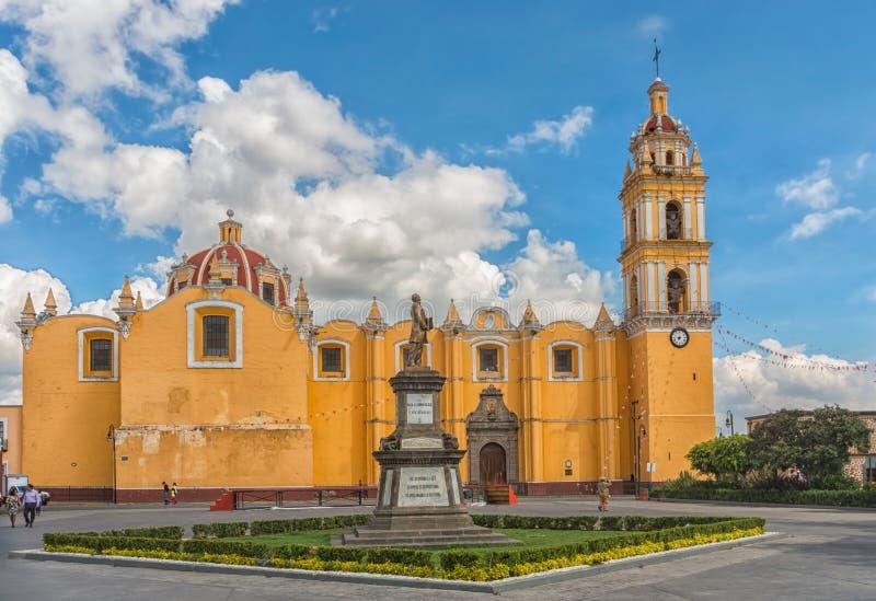 Εκκλησία του SAN Pedro Apostol σε Cholula ΠΟΥΕΜΠΛΑ, ΜΕΞΙΚΟ στοκ φωτογραφίες