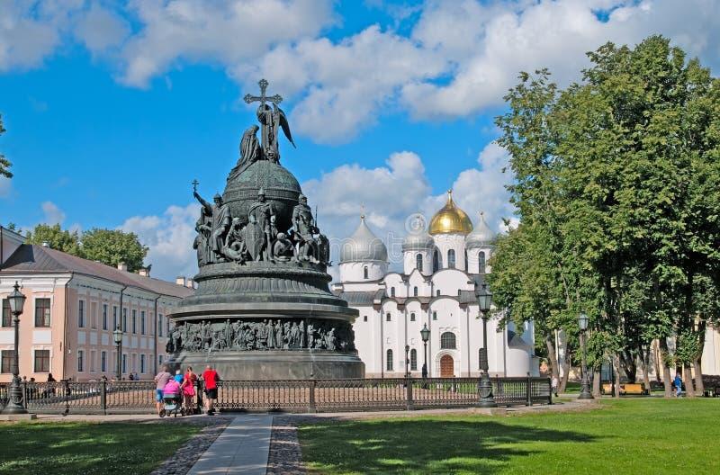 εκκλησία δημοπρασίας υπόθεσης novgorod veliky Ρωσία Μνημείο στα χίλια έτη Ρωσίας στοκ φωτογραφίες