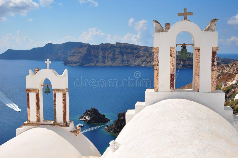 Εκκλησία με τα κουδούνια Oia, Santorini στοκ φωτογραφίες