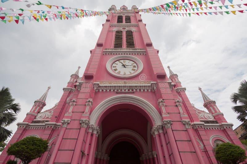Εκκλησία της Tan Dinh - η ρόδινη καθολική εκκλησία στη πόλη Χο Τσι Μινχ, στοκ φωτογραφία