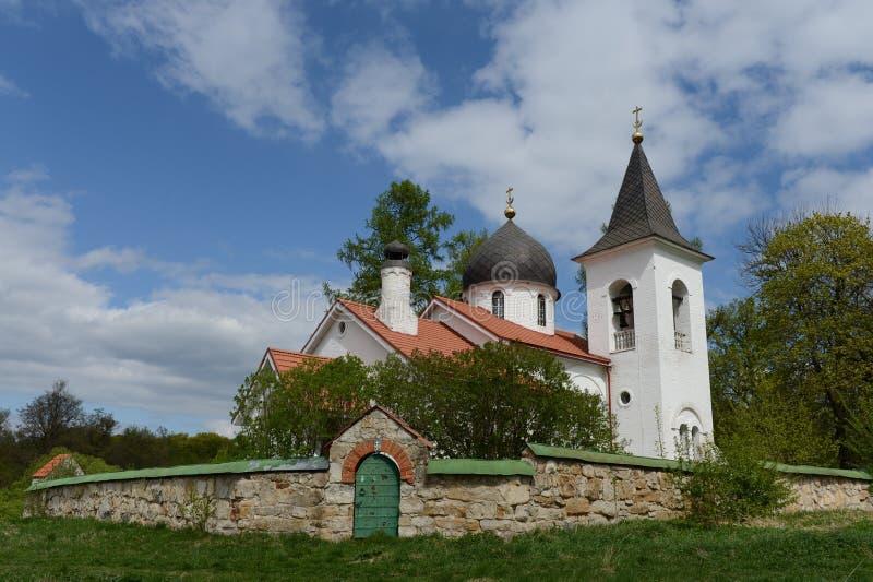 Εκκλησία τριάδας στο χωριό Byokhovo στοκ φωτογραφία με δικαίωμα ελεύθερης χρήσης