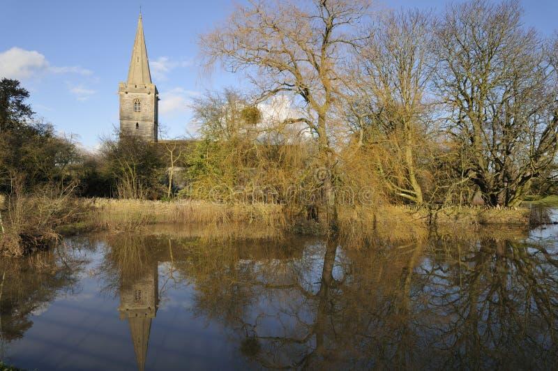 Εκκλησία Ashleworth στην πλημμύρα στοκ εικόνα