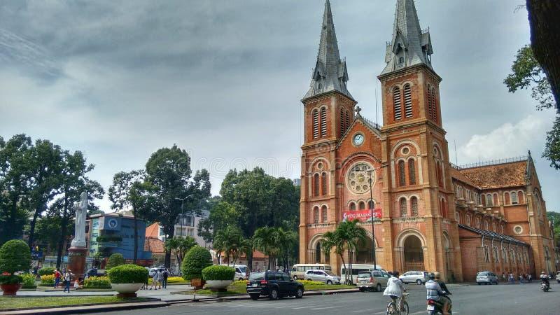 Εκκλησία Notre-Dame στη πόλη Χο Τσι Μινχ (Saigon) στο Βιετνάμ στοκ φωτογραφία