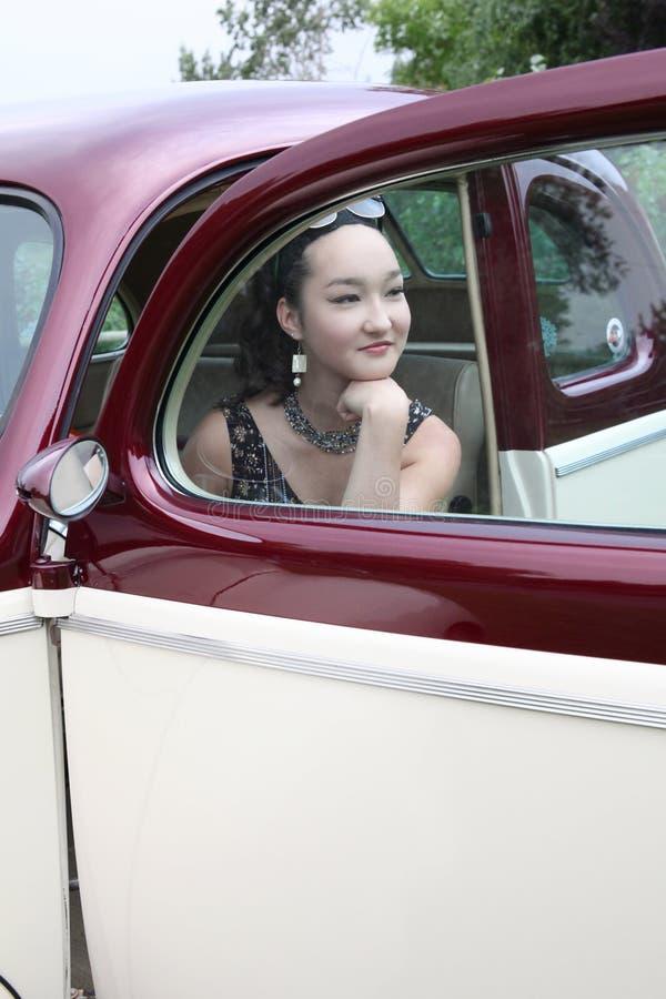 Εκλεκτής ποιότητας αυτοκίνητο και πρότυπο στοκ εικόνες