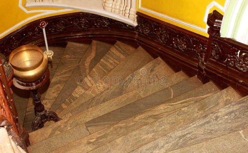 Εκλεκτής ποιότητας βήματα εισόδων ύφους του παλατιού της Βαγκαλόρη στοκ φωτογραφία